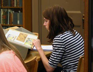 Student from Sean Franzel's class doing research in Special Collections